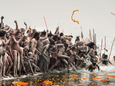 Dips-in-the-Ganga